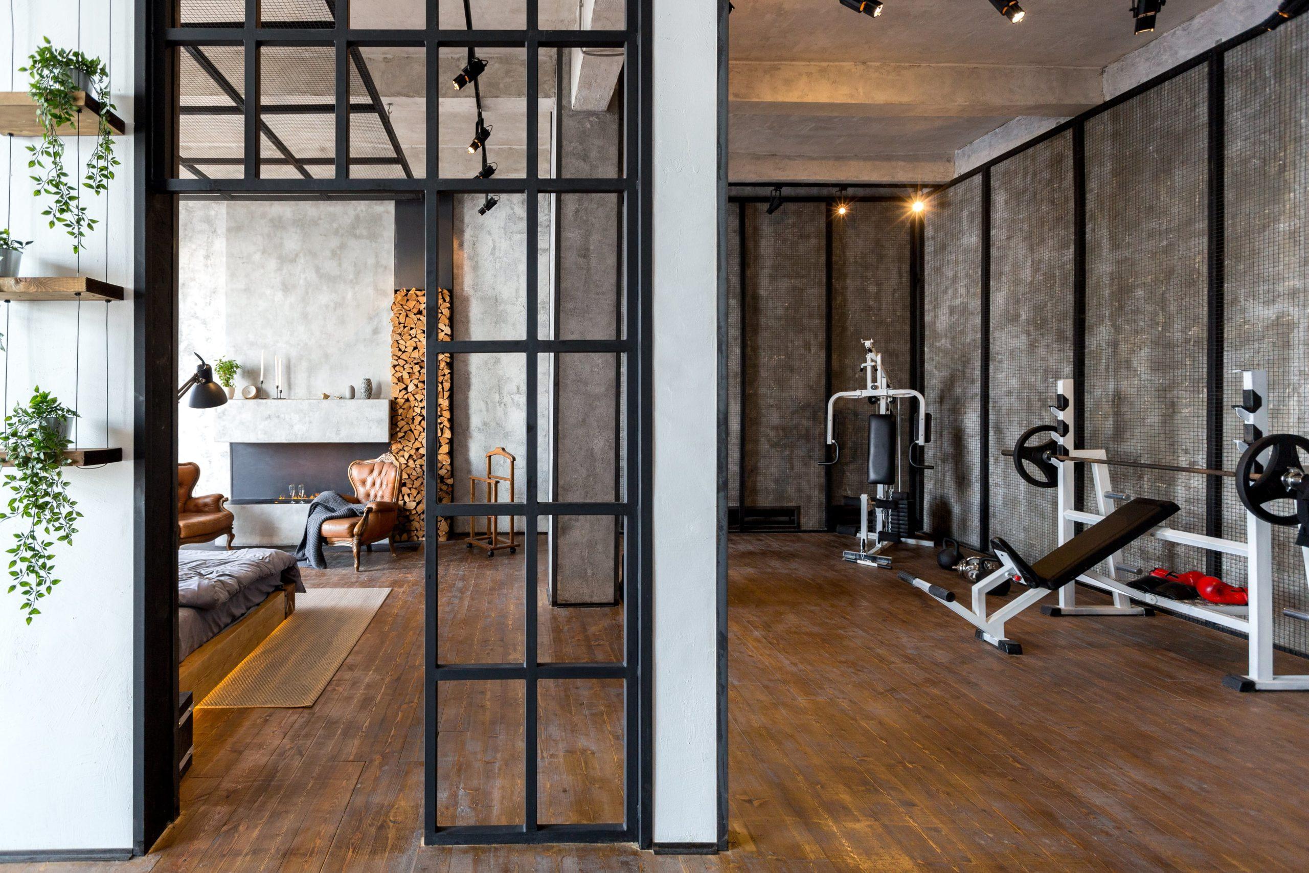 Loft Tür Sportraum / Fitnessstudio